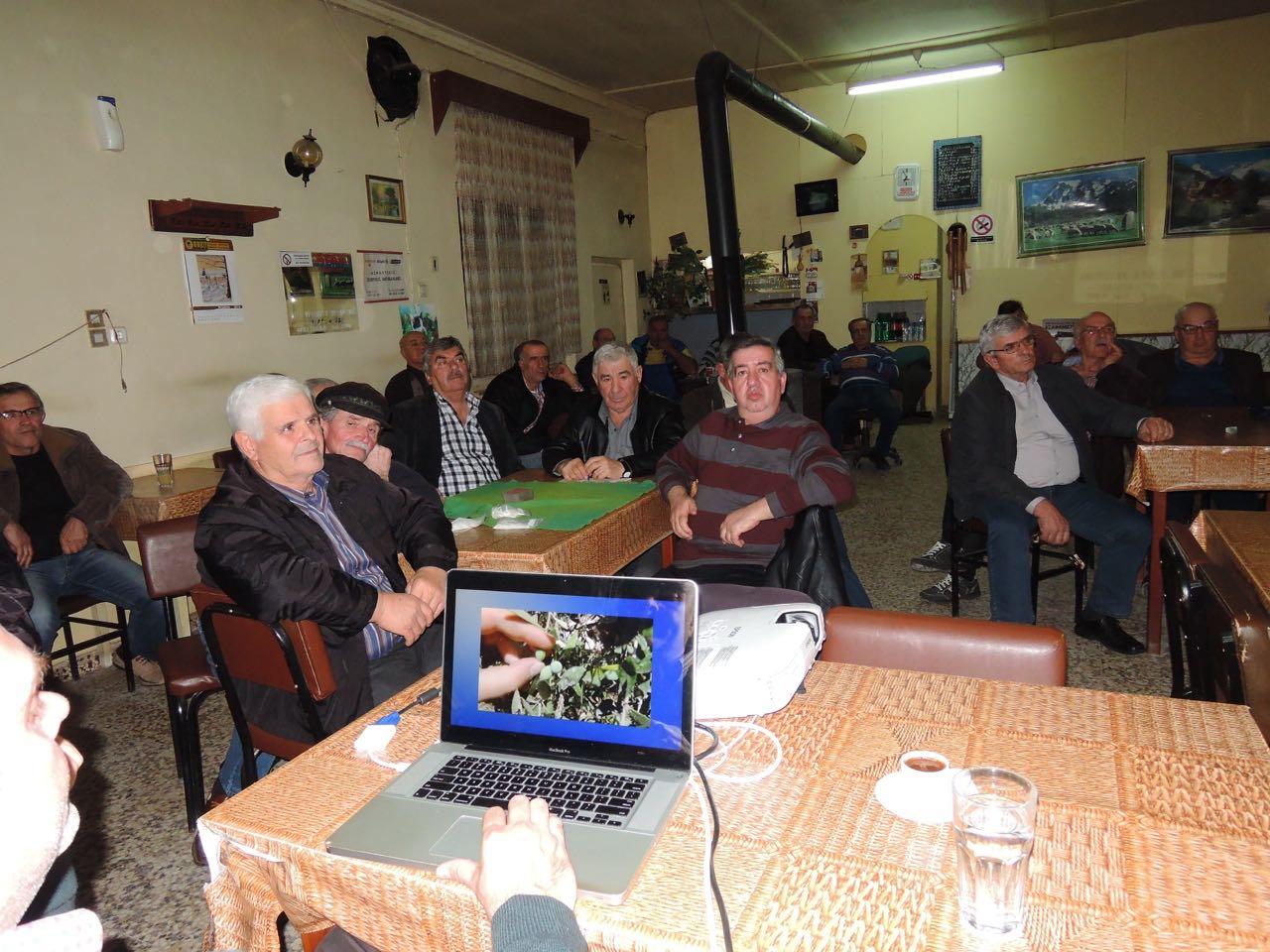 Φωτογραφίες από την ενημέρωση με θέμα: «Ο ζεόλιθος αλλάζει τη ζωή του αγρότη και του κτηνοτρόφου» στον Άρζο Νέας Ορεστιάδας